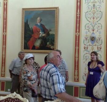 В рамках проекта «Наши судьбы – урок истории для молодежи» состоялась экскурсия в город Батурин