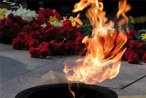 """Результат пошуку зображень за запитом """"День скорботи і вшанування пам'яті жертв війн в Україні"""""""