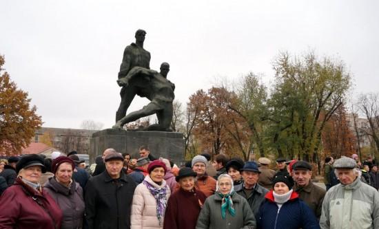 Активну участь у мітингу взяли представники Дарницького відділення УСВЖН