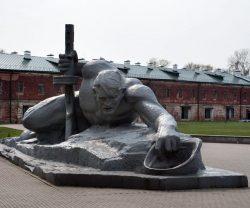 Крепость - герой Брест